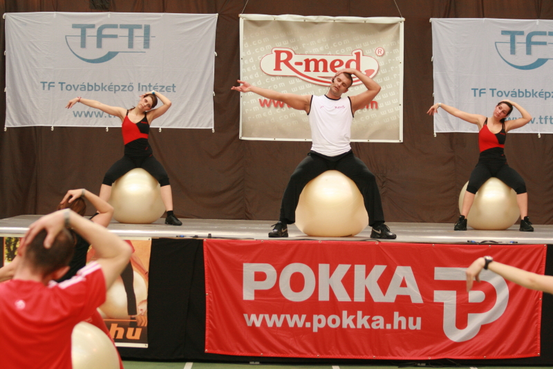 Szabó L. Isk. Fit-Ball Stretching and Relax