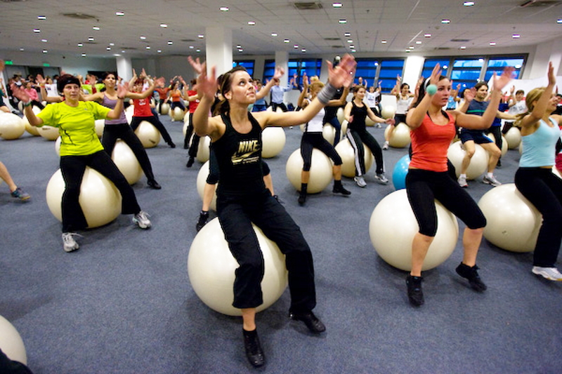 Fit-Ball Fat Burning Dance